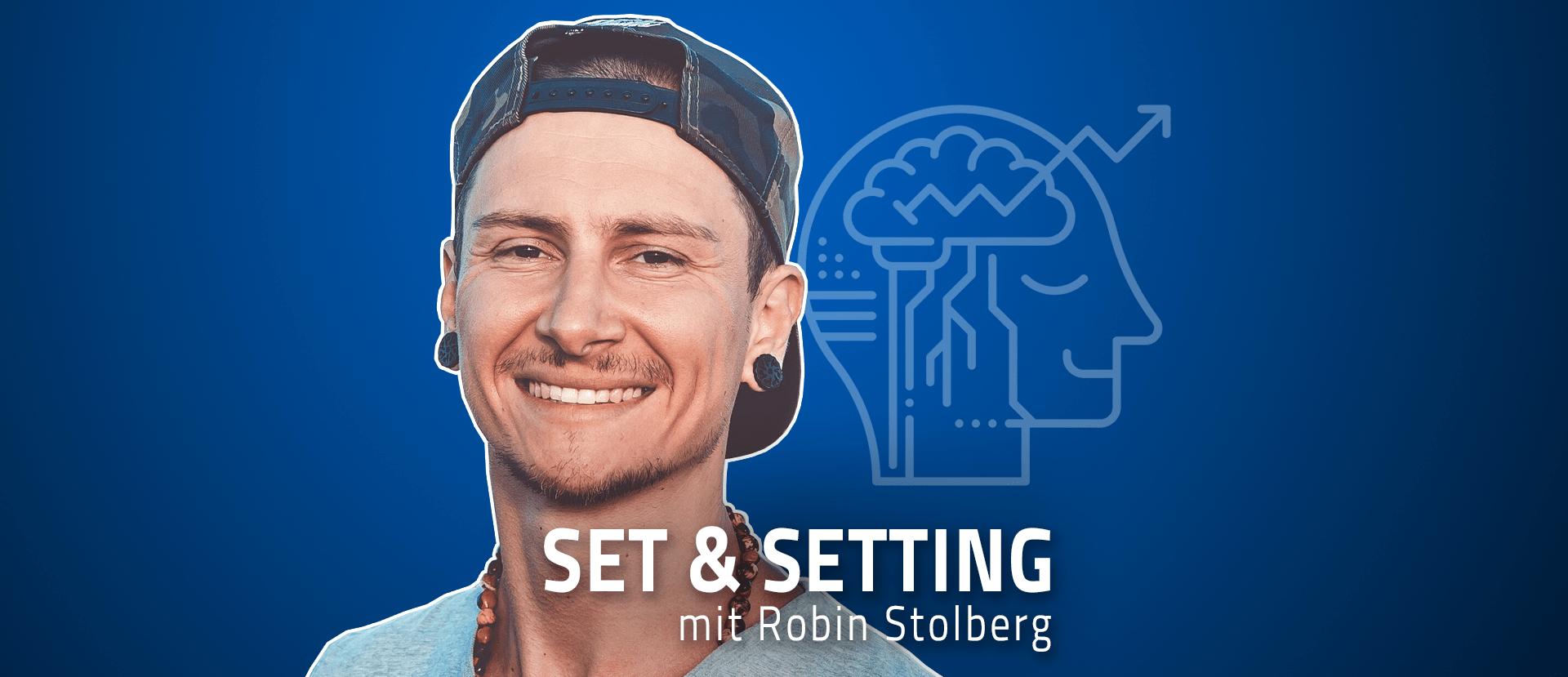 """#36 """"Meditation muss cooler werden!"""" – Robin Stolberg über seine 8-wöchige Ayahuasca-Kur, Wim Hofs pinke Gitarre und das psychedelische Potenzial von Dunkelheit"""